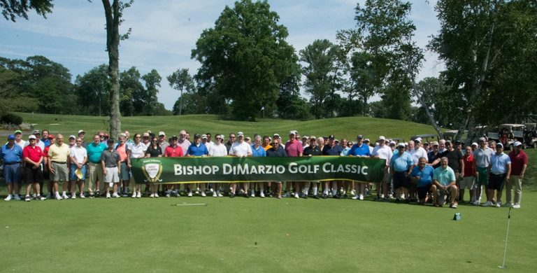 group photo at 2019 Bishop DiMarzio Golf Classic