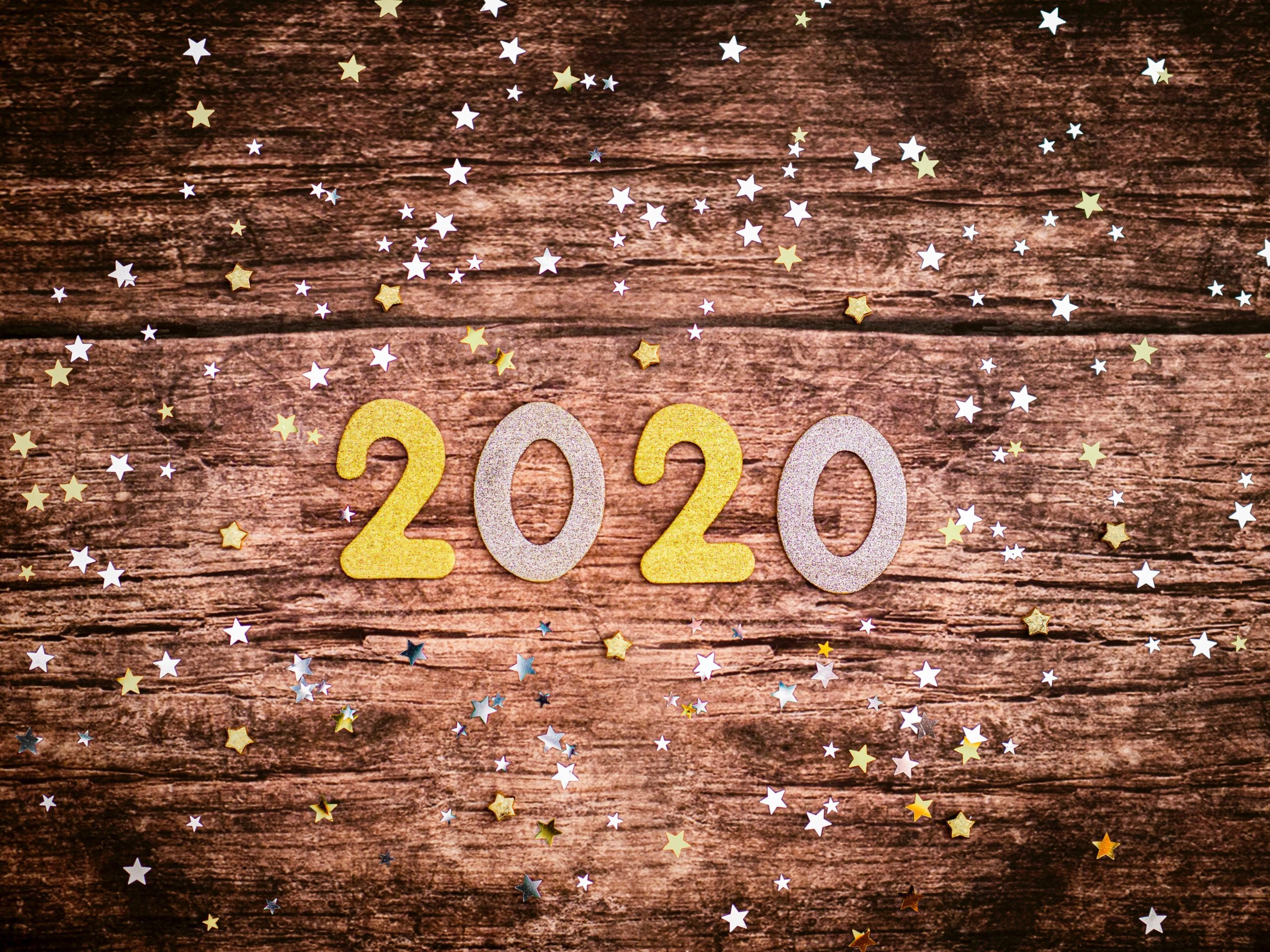 2020 o wood surrounded by starrs